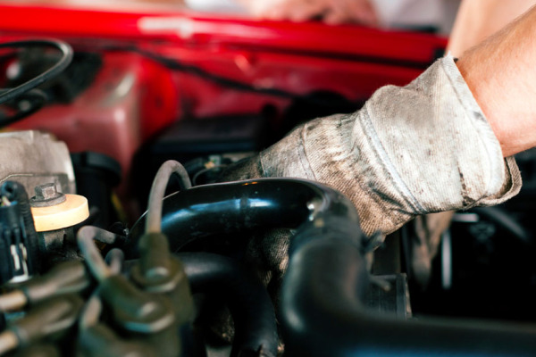 6 tips to save money on transmission and car repairs